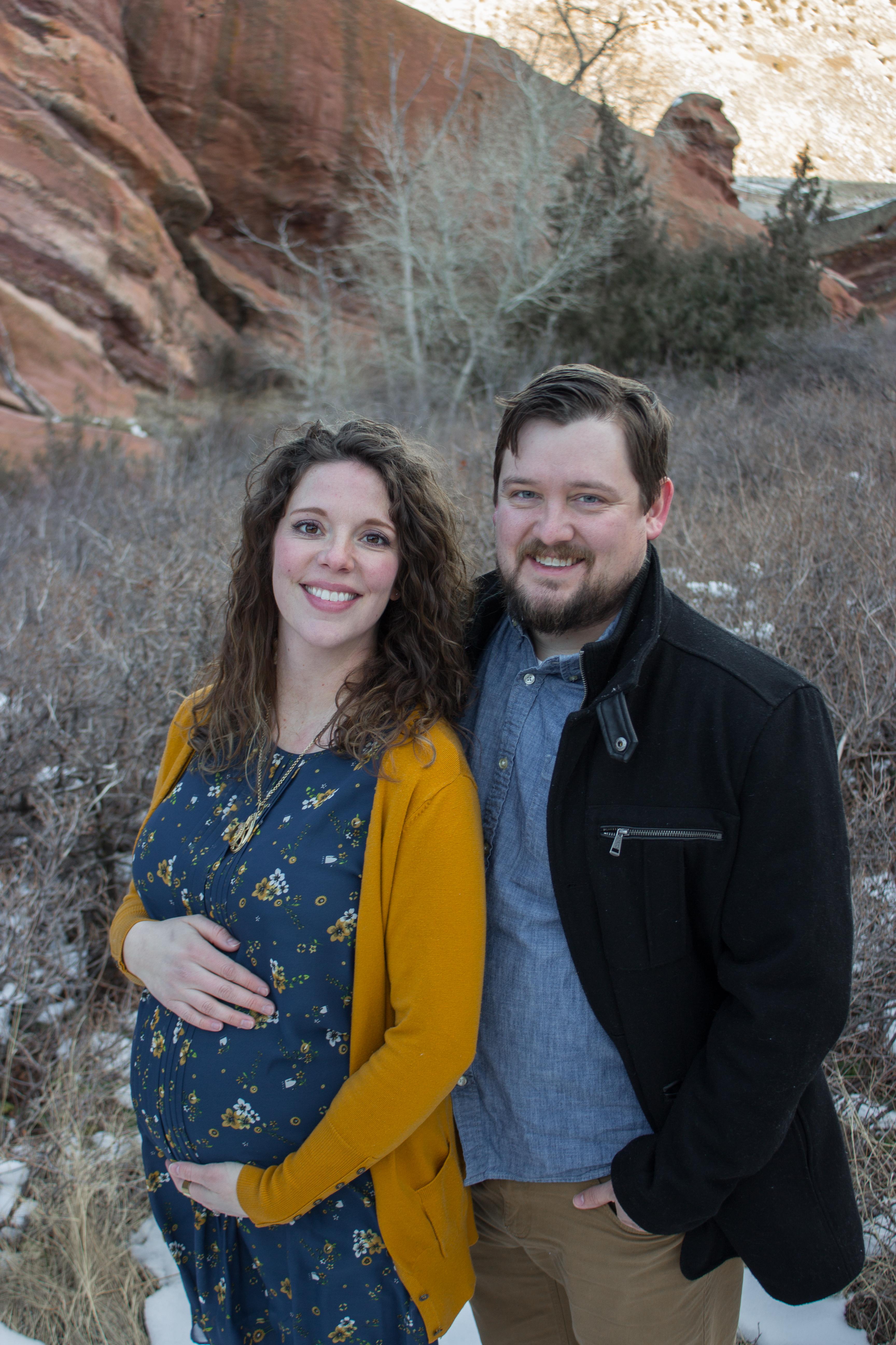Maternity Portraits at Red Rocks_Kara and Chase