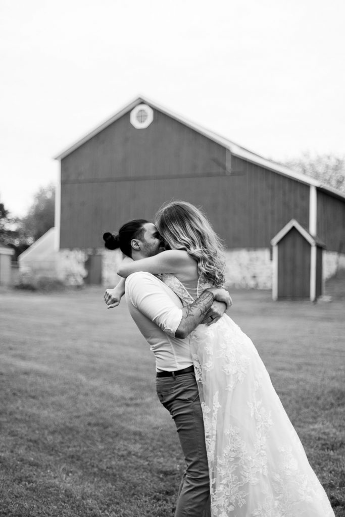 wisconsin elopement photographer