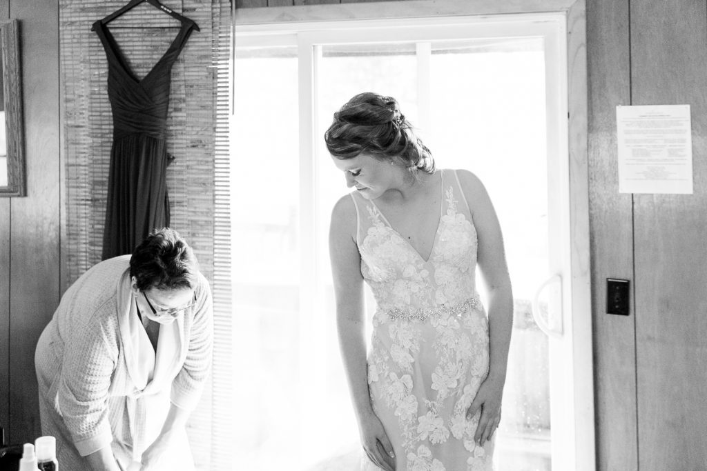 Getting ready for Wisconsin Elopement Ceremony