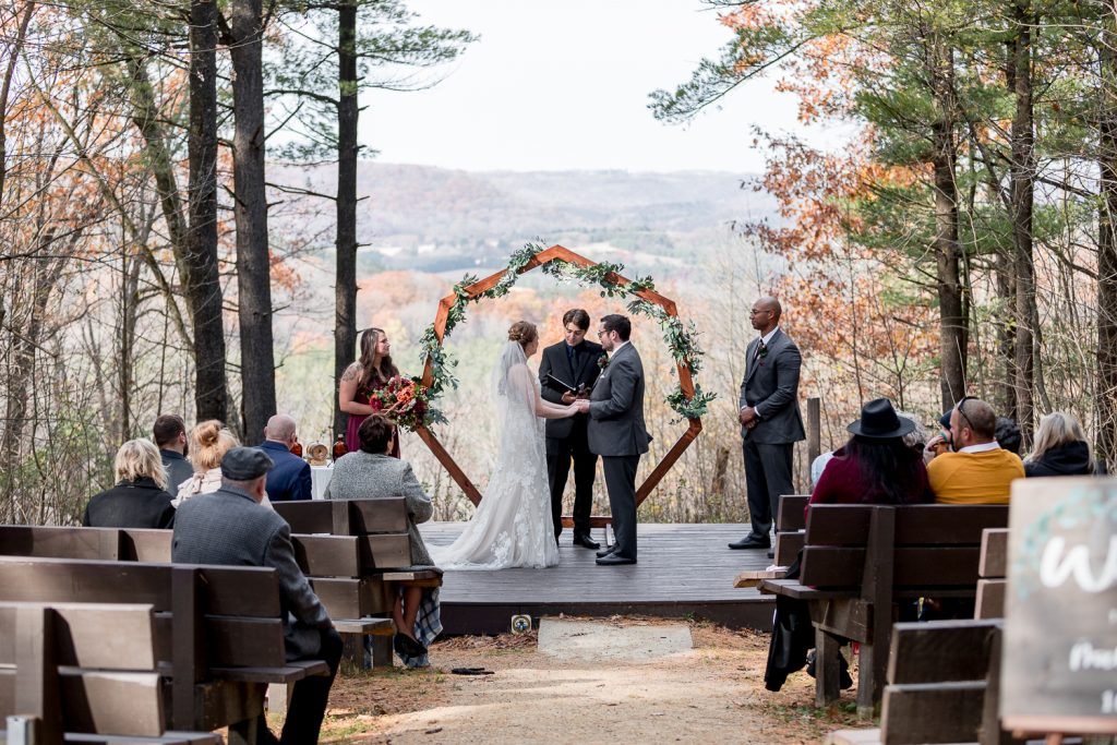 Wisconsin Wedding at Wildcat Mountain State Park